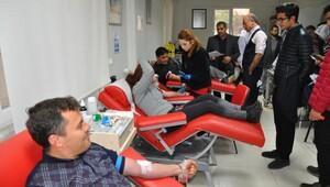 Nizipte kan bağışı kampanyasına destek