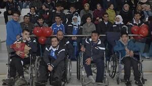 Engelliler için spor şöleni düzenlendi