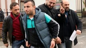 Kerimcan Durmazı darp edenlere polis merkezi çıkışında alkış