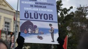 İzmirde Halep protestosu