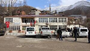 Yüksekova ve Çukurca belediyelerine operasyon (3)