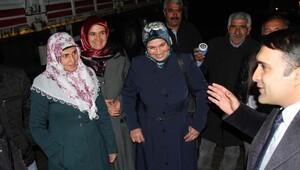 Muradiyede projesi kabul edilen çiftçilerin hayvanları teslim edildi