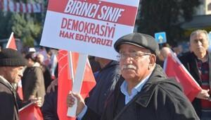 Kılıçdaroğlu: Darbe fırsatçılığı yapan, karşı darbe gerçekleştirmek isteyenlere de karşıyız