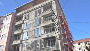 6ncı kattan düşen inşaat işçisi öldü