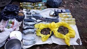 Terör örgütünün İzmirde 8 deposu bulundu