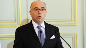 İçişleri Bakanı Cazeneuve: İslam ve Yahudi karşıtı saldırılarda düşüş var