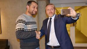 Danimarka'dan 'Beyaz Kasklılar'a para yardımı