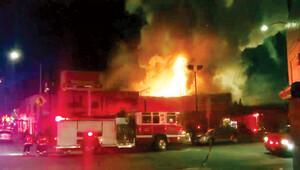 California'daki yangında ölü sayısı yükseliyor