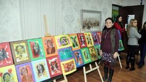 GKVde ebrulu portreler sergisi