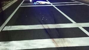 Kazada yaralandı, ambulans beklerken otomobil çarpıp öldü