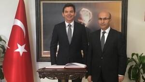 Avustralya Büyükelçisi Larsen Adanada