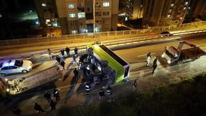 İzmit'te halk otobüsü devrildi: 10 yaralı