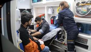 İzmitte halk otobüsü devrildi: 10 yaralı