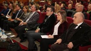 Yurtdışında yükseköğrenimin püf noktaları İAÜ'de tartışıldı