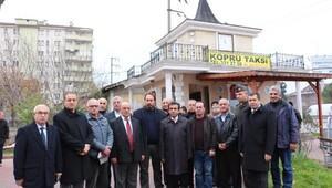 Vali Güzeloğlundan öldürülen taksici için yardım kampanyasına destek