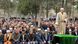 HDPli Erdoğmuşa sözde sivil cuma namazı davası
