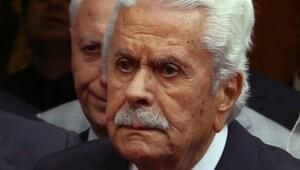 Eski Bakan ve Meclis Başkanı İsmet Sezgin hayatını kaybetti