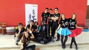 Robotik takımın ödül gururu