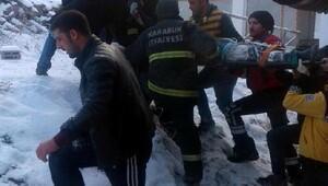 İnşaatta boşluğa düşen işçi yaralandı