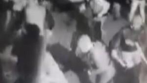 Yeniçağ Gazetesi Binasına taşlı sopalı saldırı (2)
