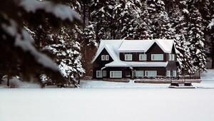 Gölcükte eşsiz kar manzarası