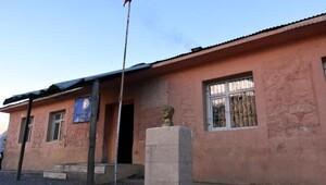 Sibel Canın onarttığı okul 9 yılda eskidi