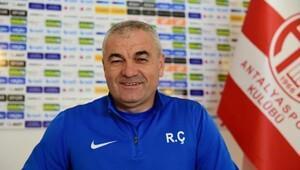 Antalyaspor teknik direktörü Çalımbay: Fenerbahçe zor maç