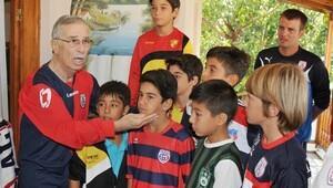 Altınordunun sembolü Erkan Velioğlu vefat etti