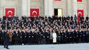 TBMM eski Başkanı Sezgin, son yolculuğuna uğurlanıyor (2)