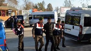 Cinayet zanlısı Yunanistana kaçarken yakalandı