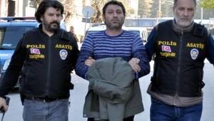 39 yaşındaki kadını evinin önünde bıçakladı, tutuklandı