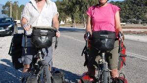 İngiliz öğretmen çiftin bisikletle dünya turu