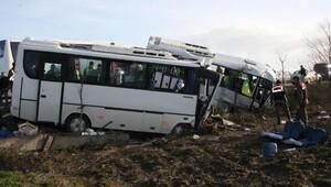 Kaza yapan öğrenci ve işçi servislerinin şoförlerine hapis cezası