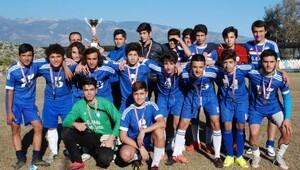 Futbolda şampiyon Ekol