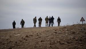 PKKlı teröristler spot ışığını karakol zannetti...