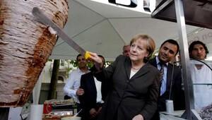 Almanyadaki çifte vatandaşlık kararına TBMMden tepki