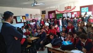 Gönüllü gençlerden köy okuluna ziyaret
