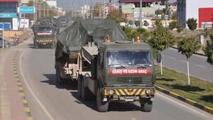 Suriye sınırına tank ve askeri araç sevkiyatı