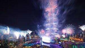 Işıklar şehri Dubaide yeni yıl