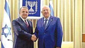 Tel Aviv Büyükelçisi mektubunu sundu
