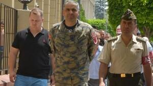 Darbeci 5 eski subay hakim karşısına çıktı