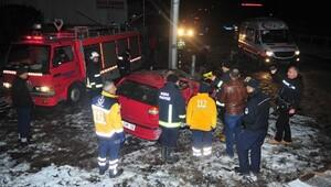Bursada trafik kazasında ölen 3 genç toprağa verildi