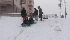 Karamanda okulara kar tatili
