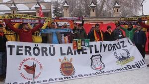 Karamanda futbol taraftar gruplarından teröre tepki yürüyüşü