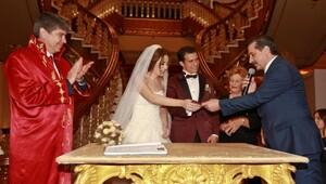 Antalyada yılın düğünleri