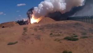 Rusyanın fırlattığı füze yere böyle çakıldı