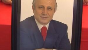Ünlü ilahiyatçı Yaşar Nuri Öztürk son yolculuğuna uğurlanıyor