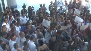 İTÜDE YÖK BAŞKANI ÇETİNSAYAYA ÖĞRENCİ PROTESTOSU