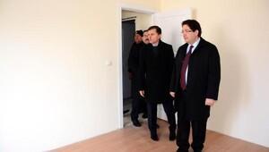 Aksaray Belediye Başkanı, Polis lojmanlarında incelemede bulundu