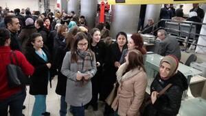 Bursa'da hemşirelerden Bozun sahnesine tepki